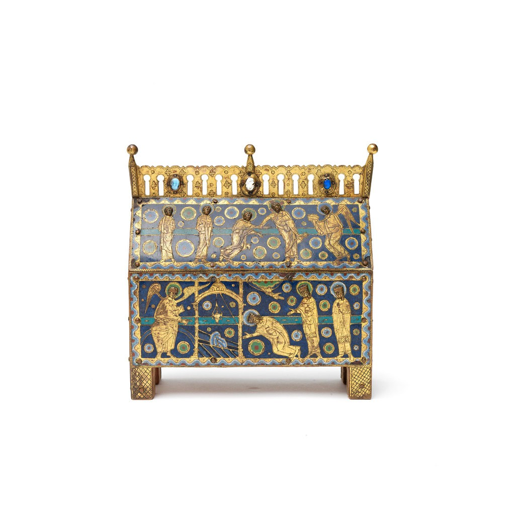 A blue and golden treasure box. The illustration on this  box presents the scene of Reliquary Chasse with the Holy Women at the Tomb.